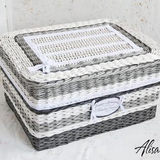 Корзинка плетеная для полотенец с крышкой серая 28х40х22см.