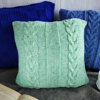 Диванная вязаная подушка (наволочка) на пуговицах - ментоловая зеленая - 40*40 см