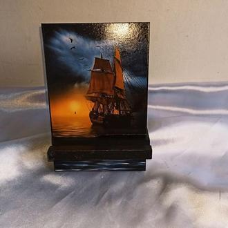 Подставка для телефона, смартфона, планшета. электронной книги ′Корабль′,подарок.сувенир
