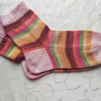 Носки женские вязаные из носочной пряжи