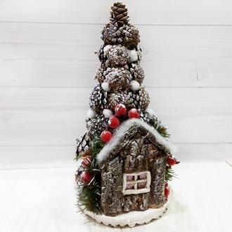 Новогодняя елка настольная с декором из шишек h-30см