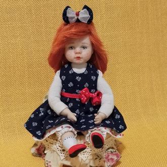 Колекційна лялька