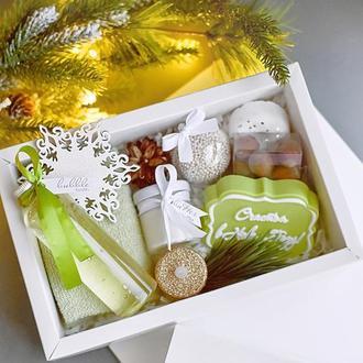 Подарочный бьюти-бокс/ набор косметики ручной работы Новогодняя оливка