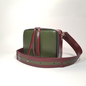 """Женская сумка """"Квадро"""" натуральная кожа цвета зелёный+бордовый. Сумка через плечо, кроссбоди"""