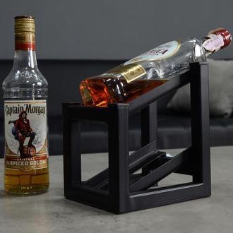 Металева підставка для пляшок вина. Підставка під віскі.