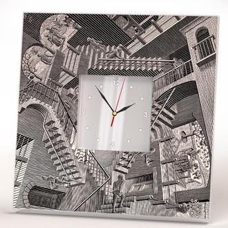 """Стильные часы с литографией Эшера """"Относительность"""""""