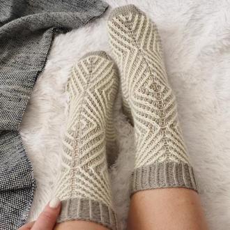 Вязаные носки Скандинавия
