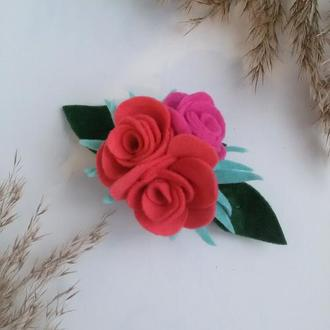 Заколка для волос с цветами. Заколка-автомат с розами.