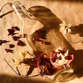 Скляна тарілка з переробленої пляшки для подачі фруктів і солодощів