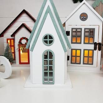Будиночок - свічник