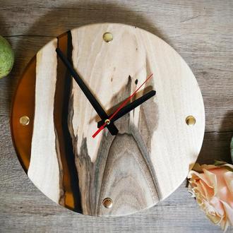 Годинники з дерева в стилі лофт