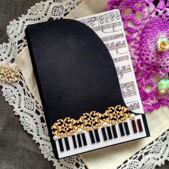 Блокнот в виде черного рояля