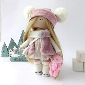 Кукла интерьерная  текстильная в шапке