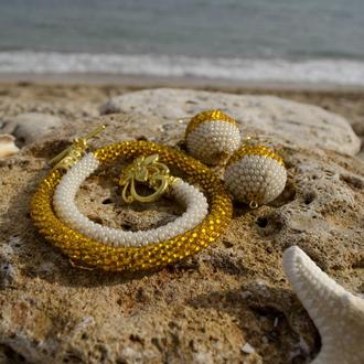 Комплект: жгут-трансформер рука/шея + серьги-шарики, жемчужно-золотой