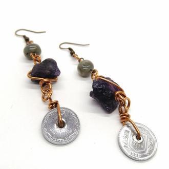 Серьги с монетками и натуральными камнями