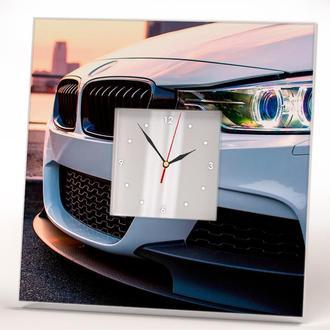 """Стильные часы с автомобилем """"BMW. БМВ"""""""