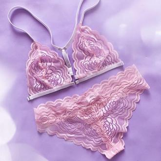 Сексуальный нежный розовый комплект нижнего белья