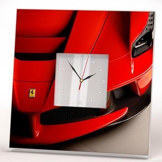 """Стильные часы с спортивным авто """"Ferrari. Феррари"""""""