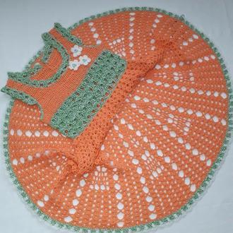 Вязаное детское платье. Вязаное крючком платье. Вязаное платье для девочки.