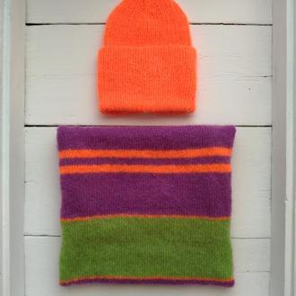 Комплект оранжевая шапка и яркий шарф