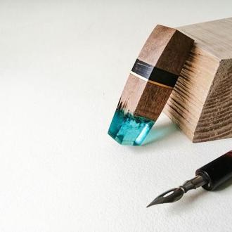 Флешка 16Гб  - оригинальный подарок, подарок парню или девушке, деревянная флешка с эпоксидкой