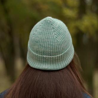 Шапка из мериноса ручного крашения, шапка унисекс мятного цвета