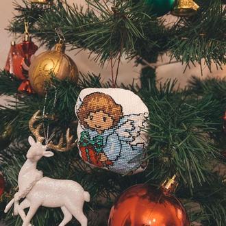 Новогодняя игрушка Ангел и подарок