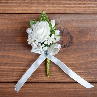 Бутоньєрка для нареченого, свідка та\або бежева гостей