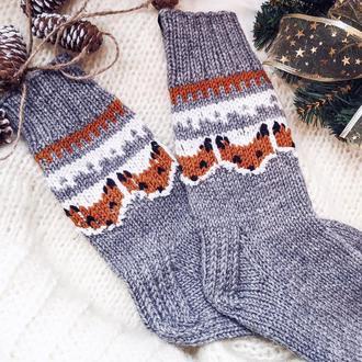 Вязані носочки з лисичками