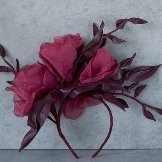 Ободок с цветами из вуали и кожи
