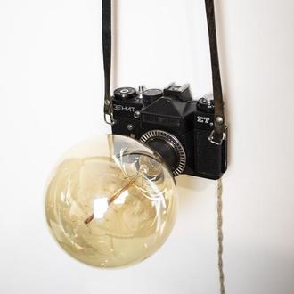 Лампа Pride&Joy с винтажным фотоаппаратом