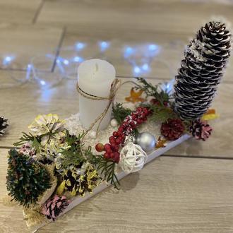 Новогодний подсвечник на деревяной подставке