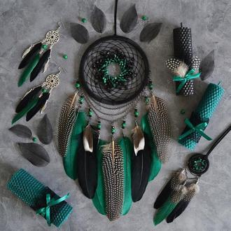 Подарочный бокс в готическом стиле в зелено-черных цветах