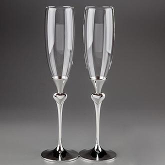 Свадебные бокалы  на металлической ножке