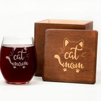 Стакан для вина с надписью «Cat mom» на подарок маме