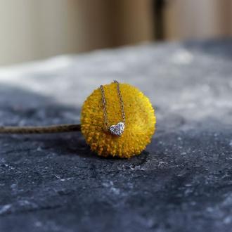 Короткий кулон с миниатюрным сердечком