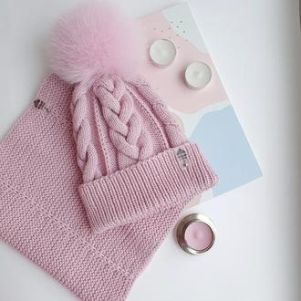 Детский комплект на девочку шапка и снуд розового цвета