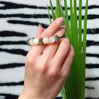 """Браслет на руку женский """"BIANCO """" с белым ониксом. Браслет оберег с натуральными камнями"""