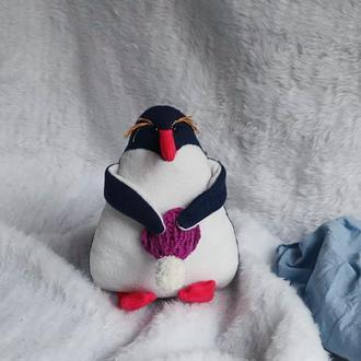 Мягкая игрушка Златовласый Пингвин