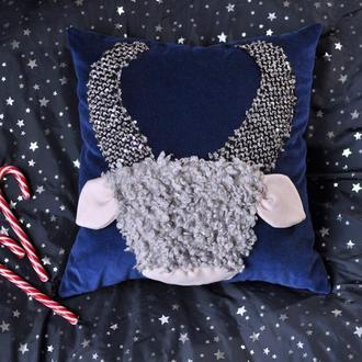 Декоративная подушка Бык синий вельвет