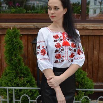 Традиционная женская вышиванка с розами, рукав  ¾