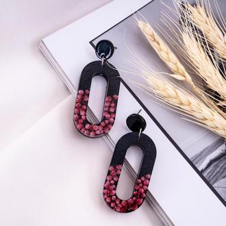 Сережки-подвески из смолы с цветами внутри