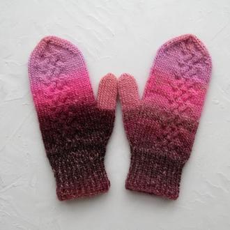 Розовые варежки подарок для девушки, зимние шерстяные рукавички теплые