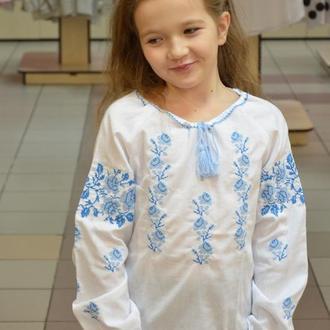 Вышитая сорочка для девочки (голубая вышивка) , Украина