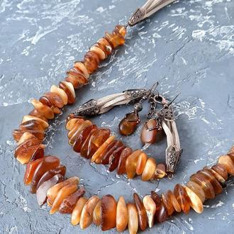 Комплект из натурального необработанного янтаря колье браслет серьги