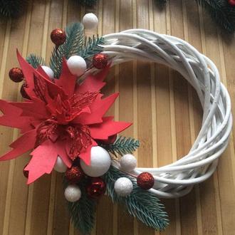 Різдвяний міні віночок з пуансетією