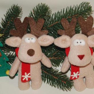 Новогодний рождественский олень