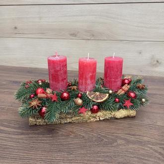 Новорічна різдвяна композиція зі свічками Новорічний різдвяний підсвічник зі свічками