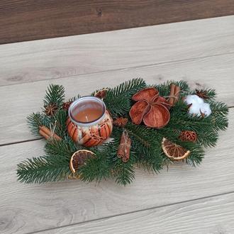 Новорічна різдвяна композиція зі свічкою Новорічний різдвяний підсвічник зі свічкою