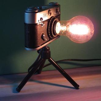 Нічник фотоапарат